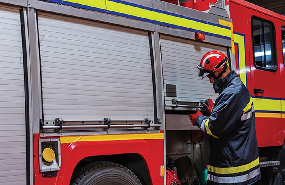 Cui se adresează serviciul privat de pompieri DO FIRE